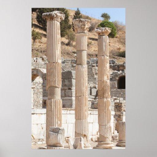 Columnas antiguas en el poster de Ephesus Póster