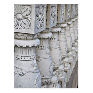 Columnas arquitectónicas romanas postal