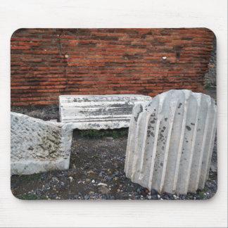 Columnas caidas Pompeya Tapete De Ratón