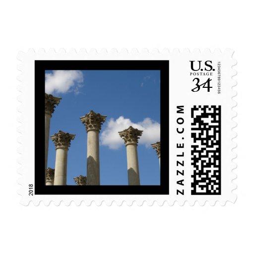 Columnas capitales viejas