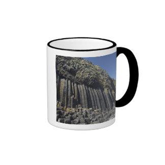 Columnas del basalto por la cueva de Fingal, Taza De Dos Colores
