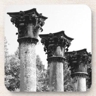 Columnas del Corinthian - ruinas de Windsor Posavasos