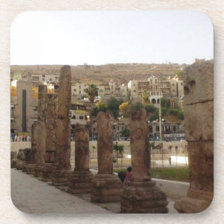 Columnas del teatro romano de Amman medias Posavasos De Bebidas
