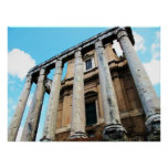 Columnas romanas con el POSTER del templo