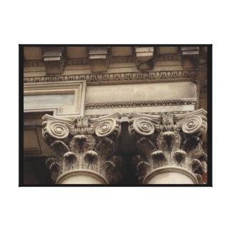 Columnas y el moldear lienzo envuelto para galerias