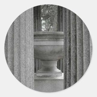 Columnas y urna pegatinas redondas