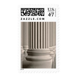 Columnata de columnas de mármol blancas iónicas timbres postales