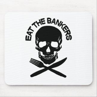 coma a los banqueros cráneo y huesos alfombrilla de raton
