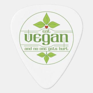 Coma al vegano y nadie consigue daño uñeta de guitarra