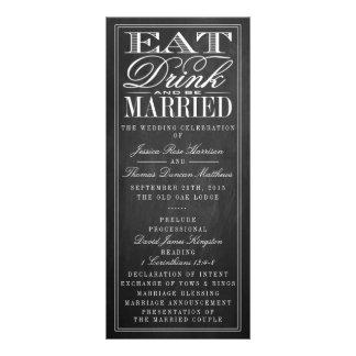 Coma, bebida y sea boda casado de la pizarra tarjeta publicitaria personalizada