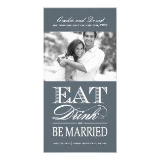 Coma, bebida y sea reserva casada la fecha plantilla para tarjeta de foto