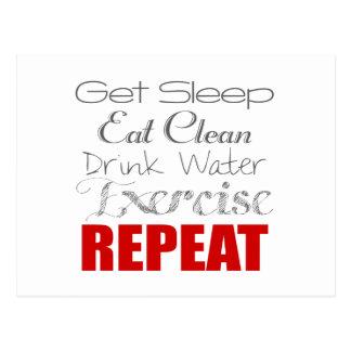 Coma el agua limpia, de la bebida, el ejercicio y tarjeta postal