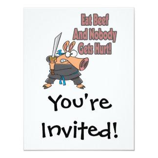 coma el dibujo animado divertido del cerdo del invitacion personalizada