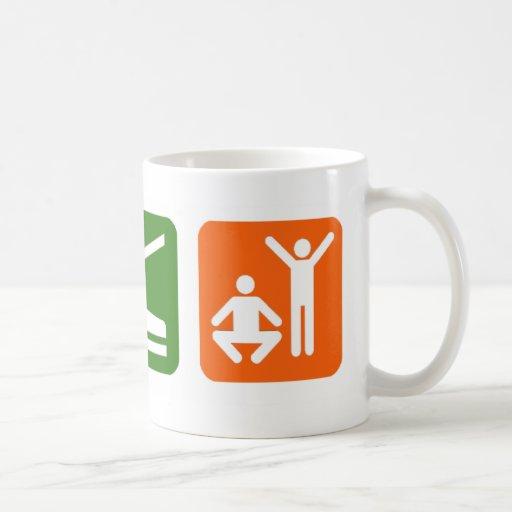 Coma el ejercicio del sueño taza de café