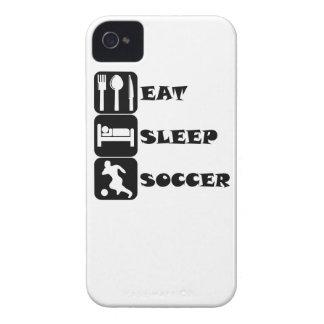 Coma el fútbol del sueño iPhone 4 Case-Mate carcasas
