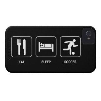Coma el fútbol del sueño Case-Mate iPhone 4 protector