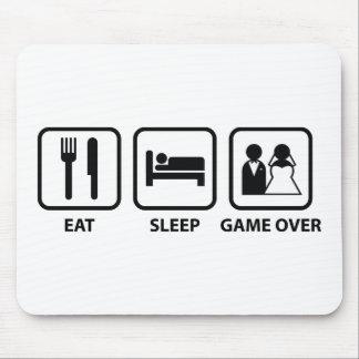 Coma el juego del sueño encima tapete de raton