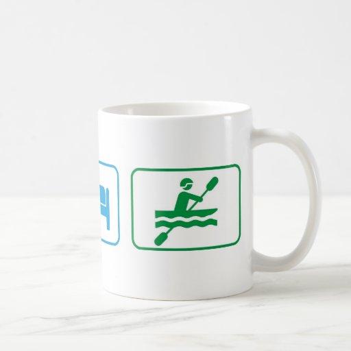 Coma el kajak del sueño taza de café