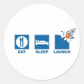 Coma el lanzamiento del sueño etiqueta redonda