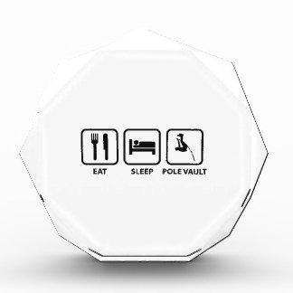 Coma el salto con pértiga del sueño