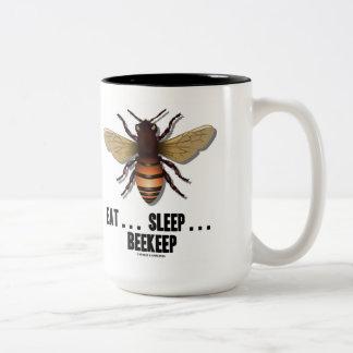 Coma… el sueño… Beekeep la abeja Taza