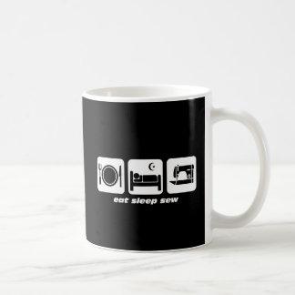 Coma el sueño cosen taza de café