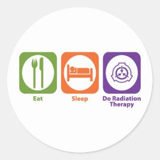 Coma el sueño hacen radioterapia pegatina redonda