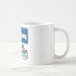 Coma el sueño reciclan taza de café