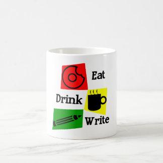 Coma la bebida escriben la taza