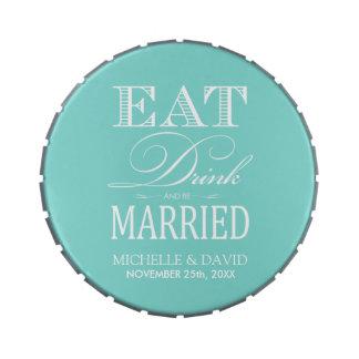 Coma la bebida y esté casado - azul y blanco del t latas de caramelos
