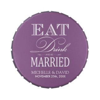 Coma la bebida y esté casado - púrpura y blanco latas de dulces