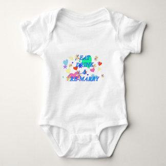 Coma la bebida y remarry body para bebé