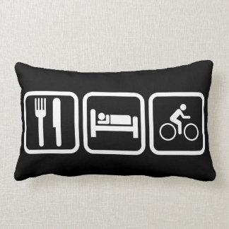 Coma la bici del sueño cojín