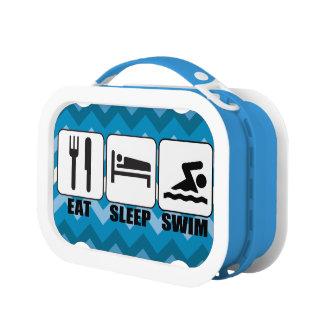 Coma la caja del almuerzo de la nadada del sueño