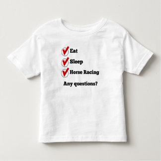 Coma la lista de control de la carrera de caballos t-shirts