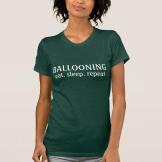 Coma la repetición de aerostación del sueño polera