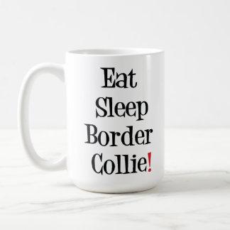 Coma la taza del border collie del sueño