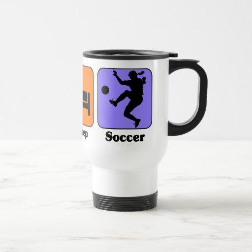 Coma la taza del fútbol del sueño