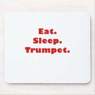 Coma la trompeta del sueño alfombrilla de ratón