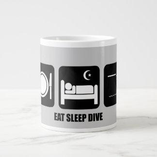 coma la zambullida del sueño taza grande