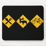 Coma las señales de tráfico de la bicicleta del su tapete de ratón