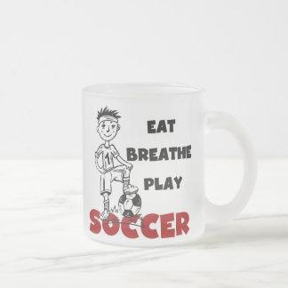 Coma respiran las camisetas y los regalos del taza de cristal