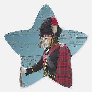 Comandante de tubo divertido del perro pegatina forma de estrella