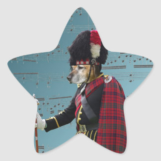 Comandante de tubo divertido del perro pegatina en forma de estrella
