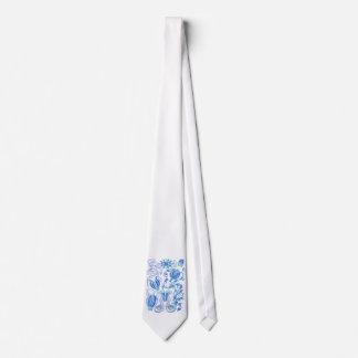 Comb jellies tie