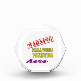 Combatiente de cuidado de Malla-Yuddha