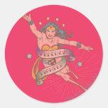 Combatiente de la libertad de la Mujer Maravilla Etiquetas Redondas