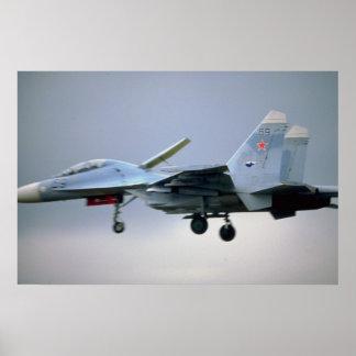 Combatiente de Sukhoi Su-27 fuerza aérea del ruso Poster