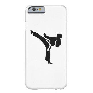 Combatiente del karate funda para iPhone 6 barely there