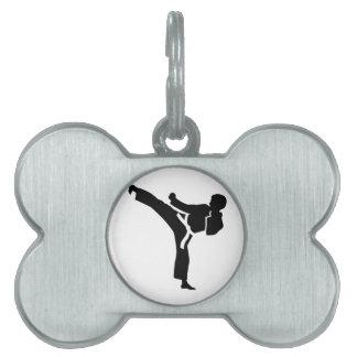 Combatiente del karate placas mascota